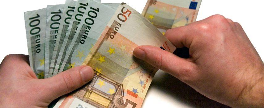 Η Απόφαση για τη ρύθμιση των οφειλών επιχειρήσεων έως 50.000 ευρώ