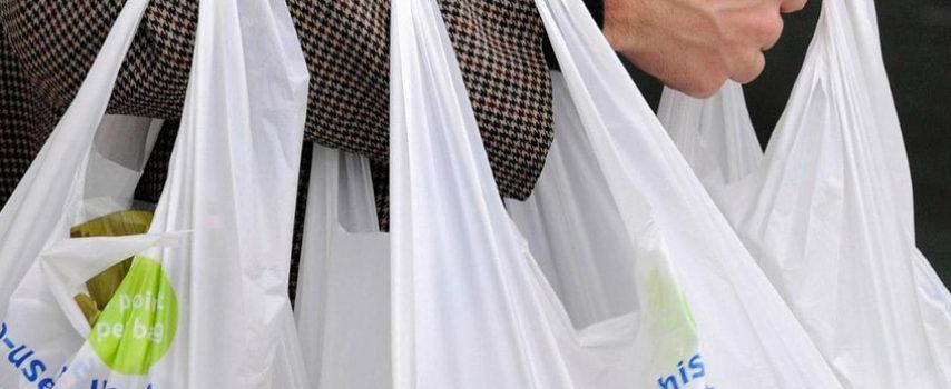 Εγκύκλιος με οδηγίες για το περιβαλλοντικό τέλος στις πλαστικές σακούλες